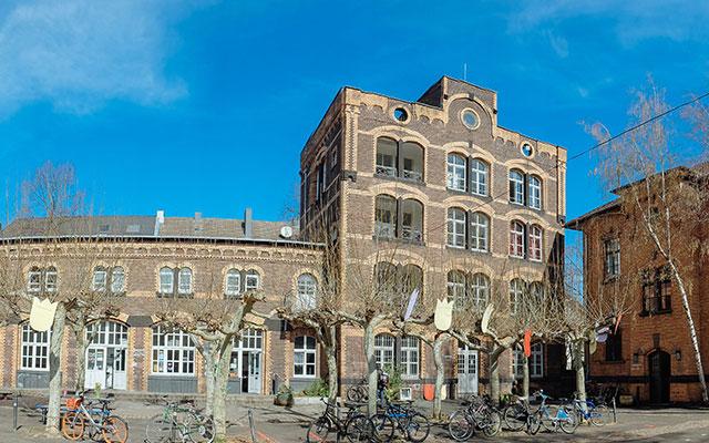 Alte Feuerwache Köln, Steigeturm und Branddirektion